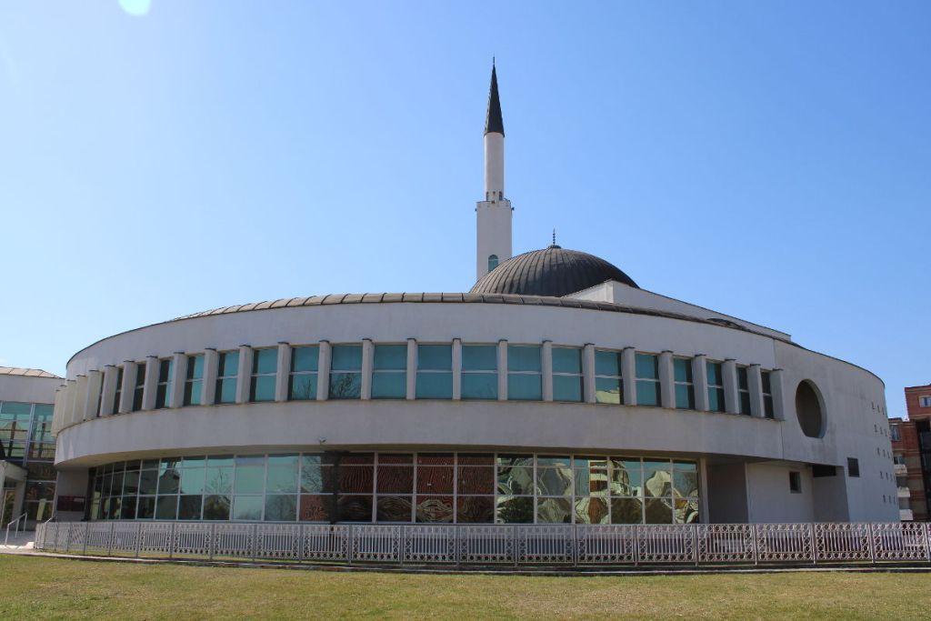 Эллипс главного здания. Фото: Елена Арсениевич, CC BY-SA 3.0