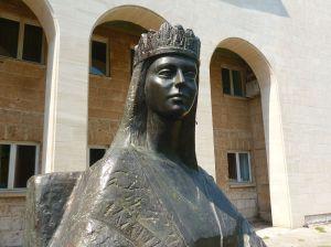 Памятник королеве Катарине в Мостаре.Фото: Елена Арсениевич, CC BY-SA 3.0