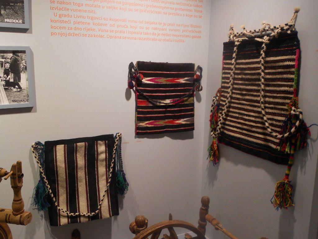 Торбы в музее францисканского монастыря в Ливно. Фото: Елена Арсениевич, CC BY-SA 3.0
