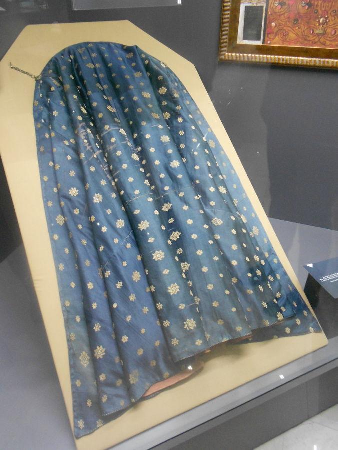 Плащ, подаренный султаном Анджео Звиздовичу, музей в Фойнице. Фото: Елена Арсениевич, CC BY-SA 3.0