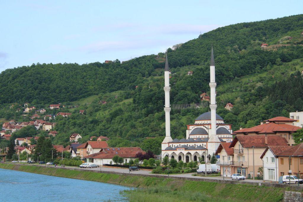 Мечеть на берегу Дрины. Фото: Елена Арсениевич, CC BY-SA 3.0