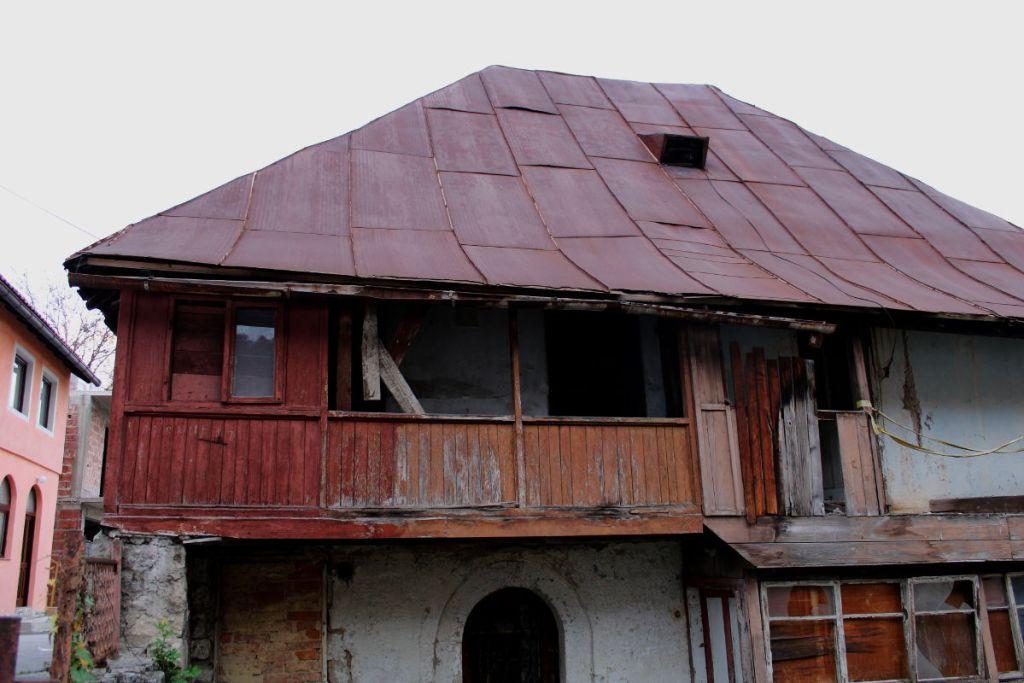 Дом традиционной боснийской архитектуры. Фото: Елена Арсениевич, CC BY-SA 3.0