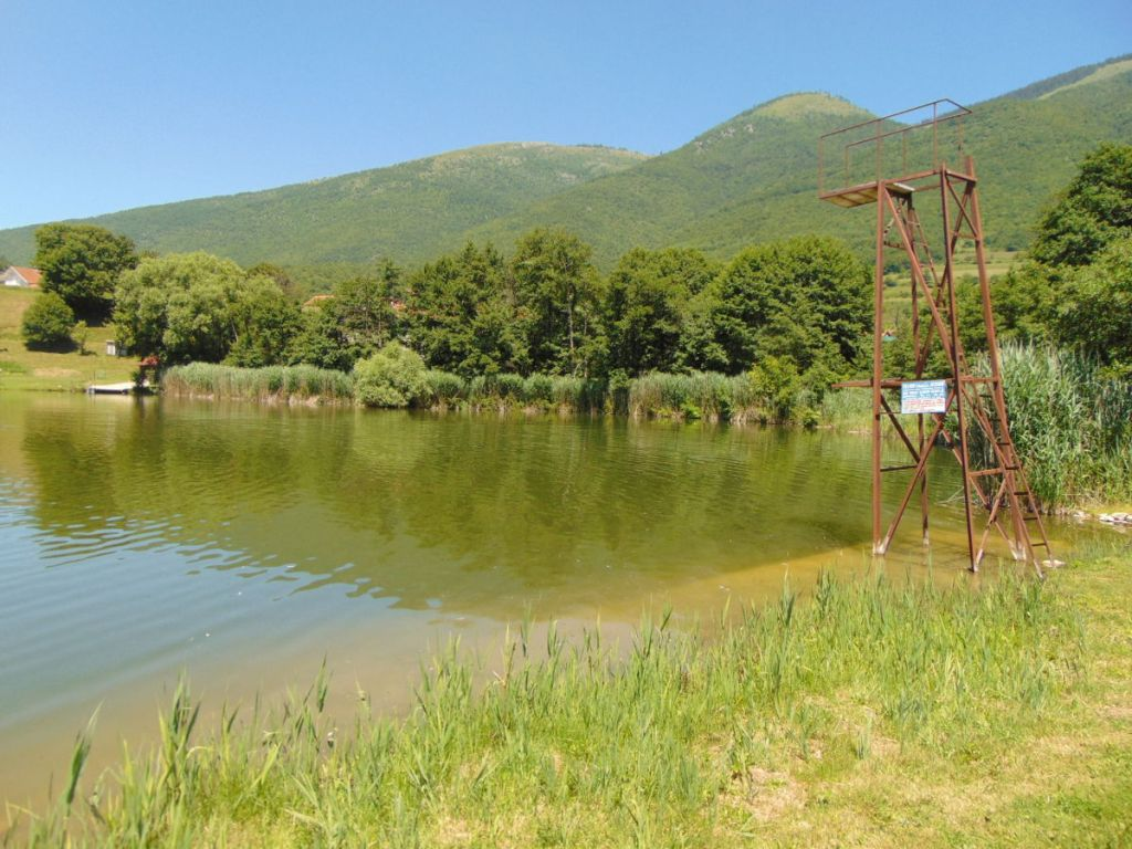 Ждримачское озеро. Фото: Елена Арсениевич, CC BY-SA 3.0