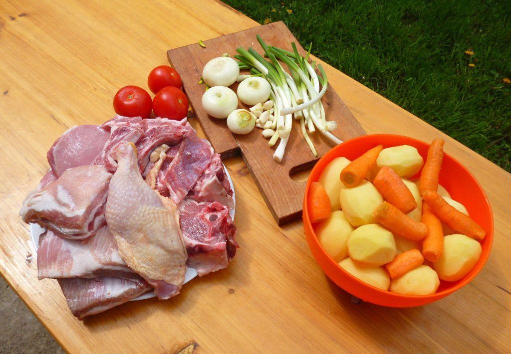 Ингредиенты для сача. Фото: Елена Арсениевич, CC BY-SA 3.0