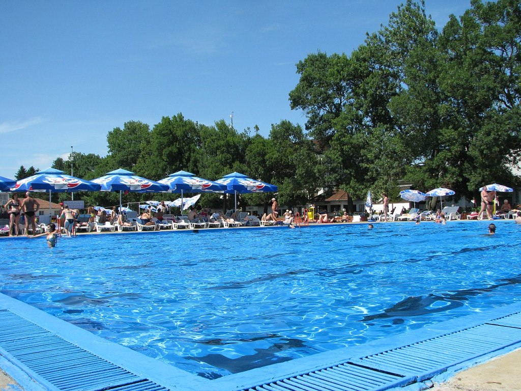 Термальный курорт Дворови. Фото: Vlado Sofrenic, CC-BY-SA-4.0