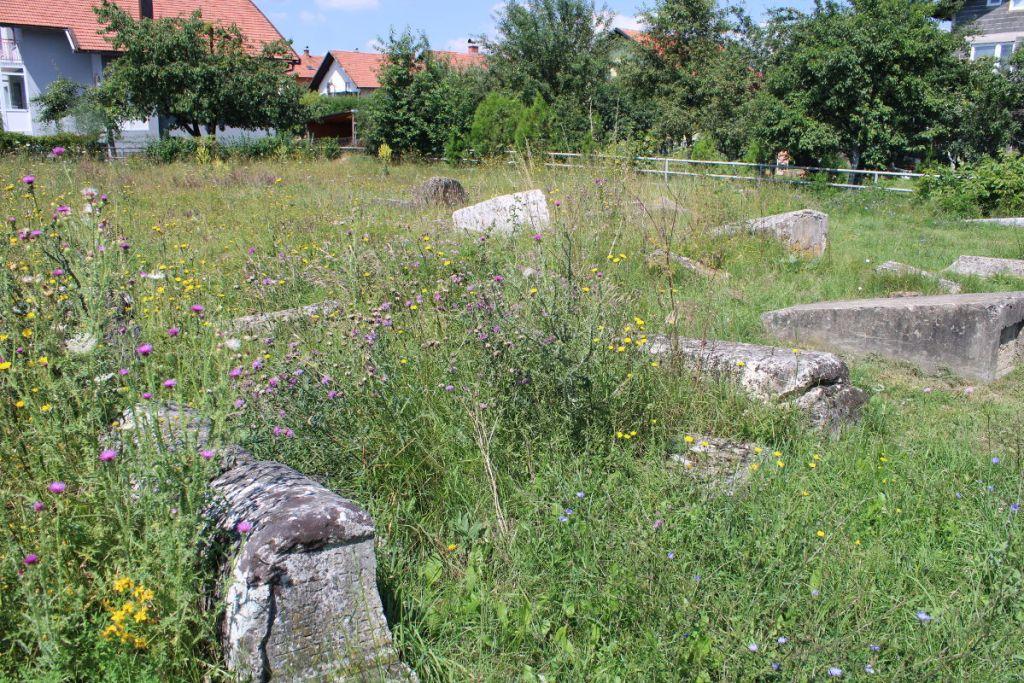 Еврейское кладбище в Бугойно. Фото: Елена Арсениевич, CC BY-SA 3.0