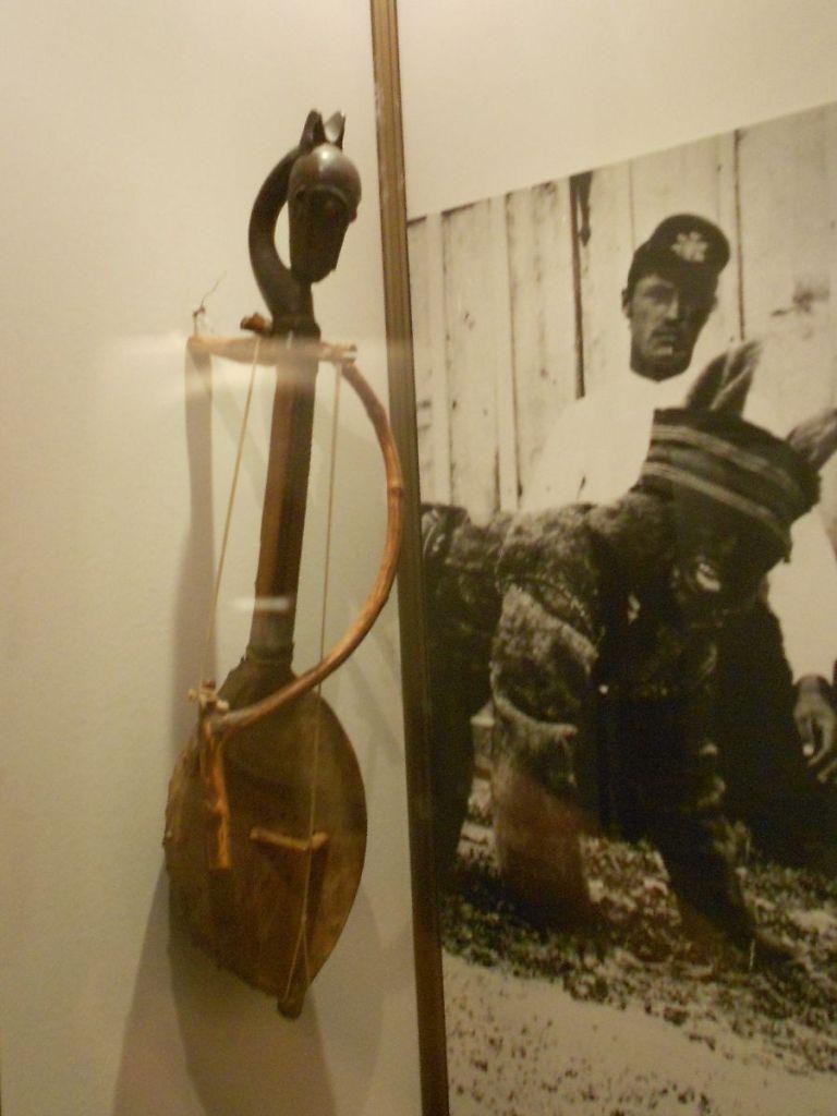 Гусле в музее Требине. Фото: Елена Арсениевич, CC BY-SA 3.0
