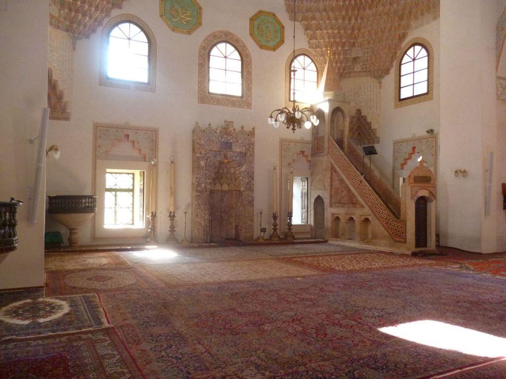 Мечеть Гази Хусрев-бега в Сараево. Фото: Елена Арсениевич, CC BY-SA 3.0