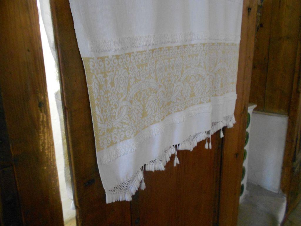 Дверца хамамджика и полотенце. Дом Сврзо в Сараево. Фото: Елена Арсениевич, CC BY-SA 3.0