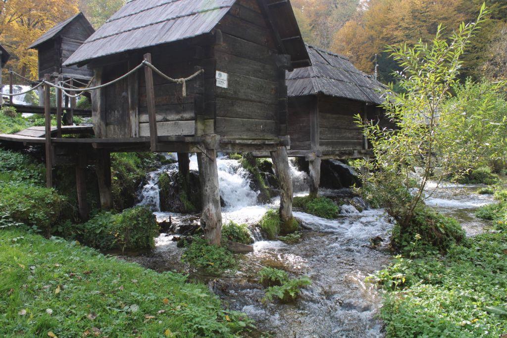 Мельницы на сваях. Фото: Елена Арсениевич, CC BY-SA 3.0