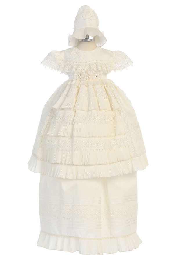 Christening gown for baby girls available in sizes 6m 12m and 24m