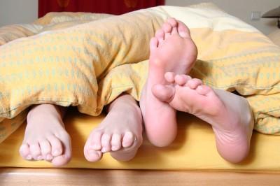 むずむずして眠れない「むずむず症候群」