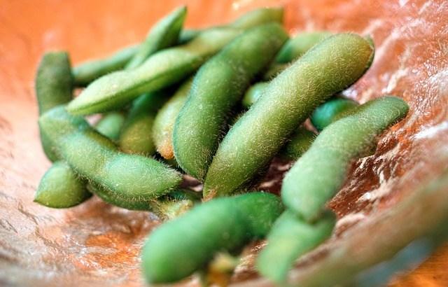 間食に枝豆を食べると痩せる? 枝豆のダイエット効果とおすすめな食べ方