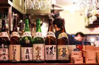 日本酒も多数揃えてます