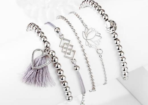 Bracelets gris perlés