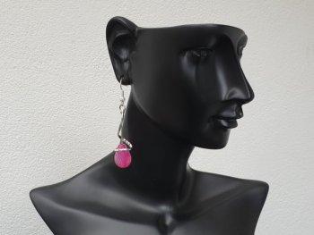 Boucle d'oreille crochet spirale rose