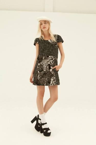 Vestido estampado disponible en la Shop Online de Bijoux Anuska y en Trapagaran.