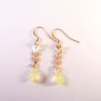 boucles d'oreilles epi dore et facette verte (Copier)