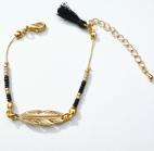 bracelet doré plume rocaille et pompon (Copier)