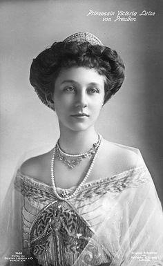 Princesse Victoria-Louise de Hanovre, duchesse de Brunswick 3