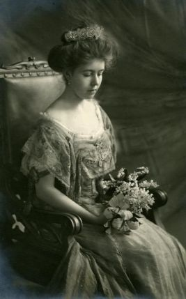 1908-cp-margaret-of-swedens-official-picture-1