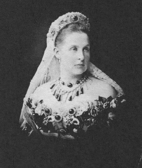 1880 ca. Reine Olga de Grèce 3