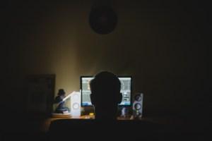 's Nachts werken slecht voor de gezondheid