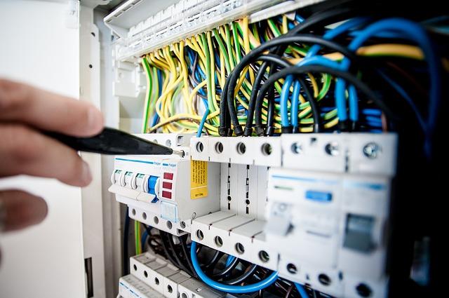 werken met elektriciteit