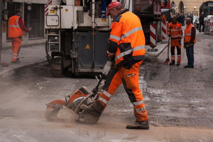 lawaai en kou in de wegenbouw