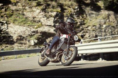 2019-Yamaha-XSR700-XTribute- (19)