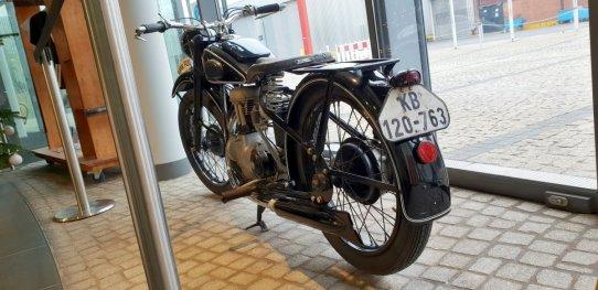 bmw-motorrad-mnichov-tovarna-bmw- (9)
