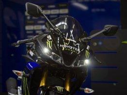2019-Yamaha-YZF-R125-Monster-Energy-Yamaha-MotoGP-specialni-edice- (11)