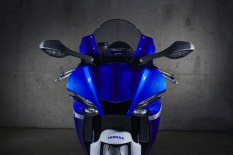 2020-Yamaha-YZF-R1- (4)