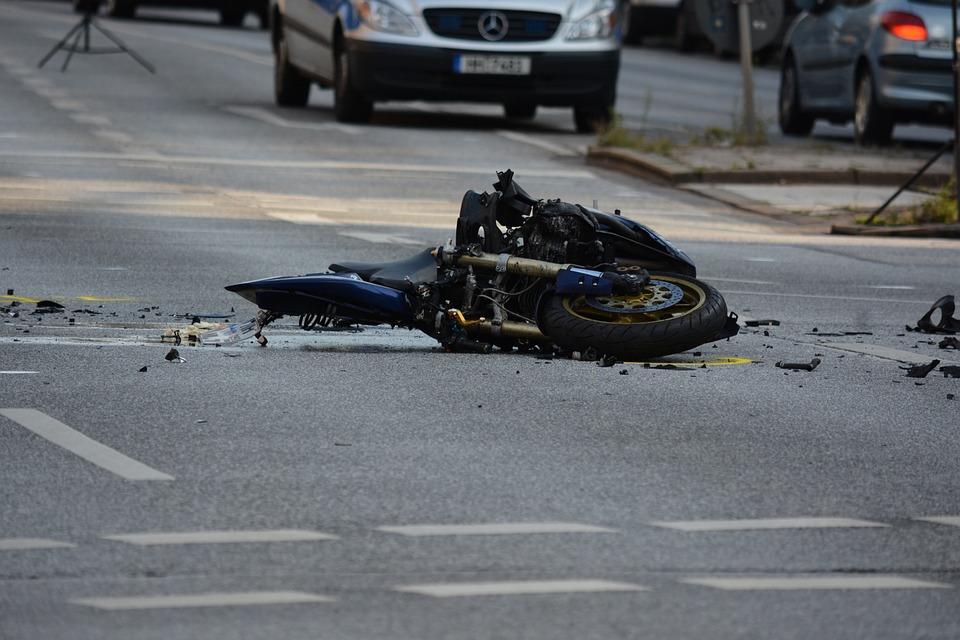 20% všech usmrcených na silnicích jsou motocyklisté