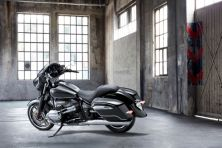 P90430840_lowRes_the-new-bmw-r-18-b-f