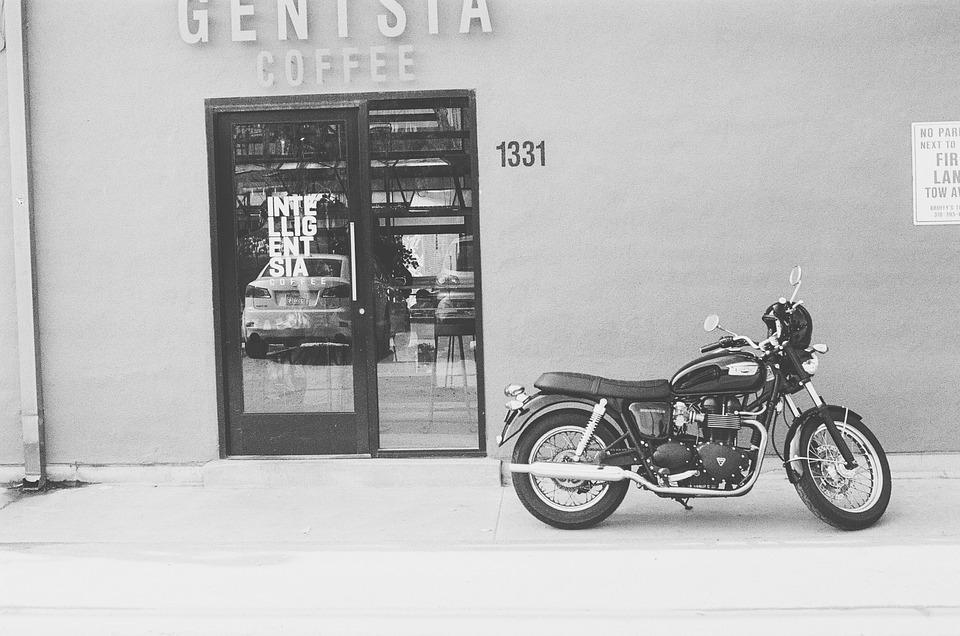 バイク コーヒーショップ