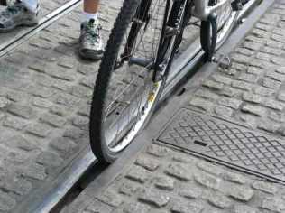 pneu-no-trilho1