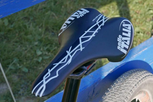 O protótipo da Kross Earth carbon de Jolanda Neff na Copa do Mundo de XCO (16)