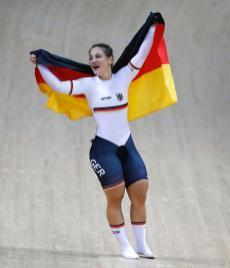 A campeã olímpica Kristina Vogel fica paraplégica depois de acidente pedalando a 60 kmh2