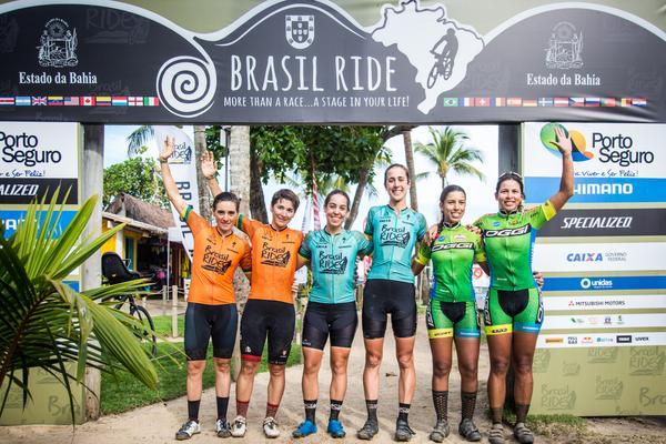 Pódio da elite feminina (Fabio Piva Brasil Ride)