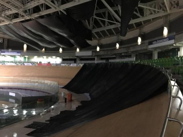Velódromo do Rio é interditado após ventos fortes danificarem o teto1.jpeg