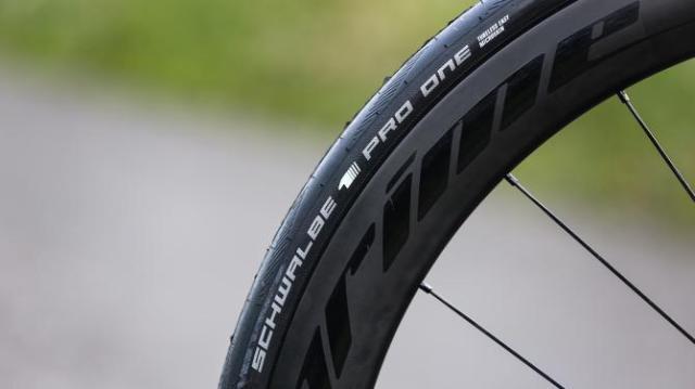 A Bike da British Continental team para 2019 - Vitus Pro Cycling ZX1 Team Aero Disc (13)