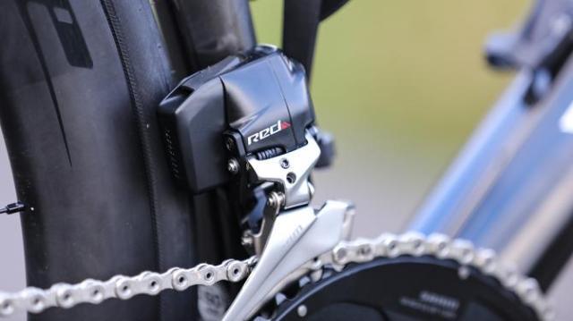 A Bike da British Continental team para 2019 - Vitus Pro Cycling ZX1 Team Aero Disc (3)