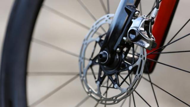 A Bike da British Continental team para 2019 - Vitus Pro Cycling ZX1 Team Aero Disc (8)