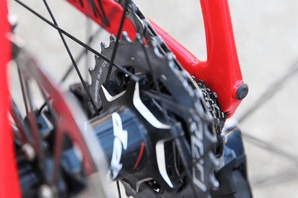 Fotos mostram o SRAM Red eTap de 12 velocidades (3).png