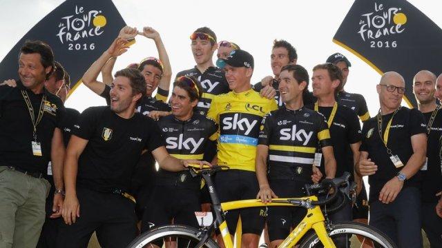 Team sky tour france 2016.jpg