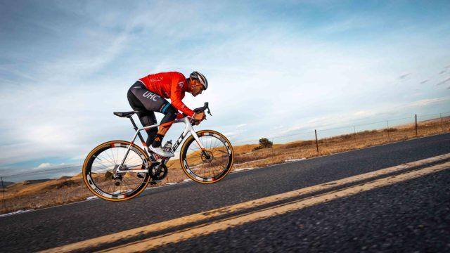 A equipe Rally-UHC apresenta sua bicicleta Felt para 2019 (3)