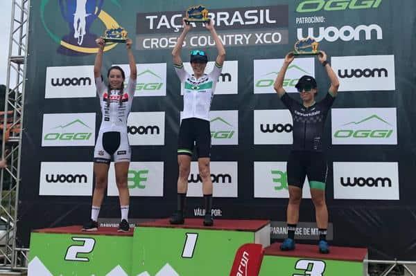 Jaqueline e Letícia (1 e 2) no pódio da Taça Brasil(Divulgação)