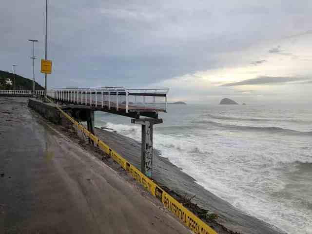 Trecho da Ciclovia Tim Maia desaba com temporal no Rio 2019 (1).jpeg