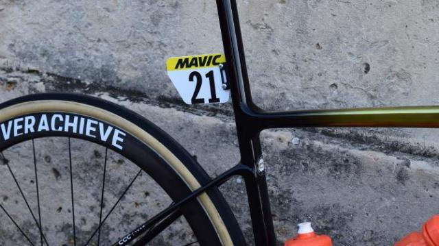 A Giant Defy de Greg Van Avermaet na Paris-Roubaix 2019 (7)